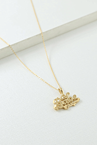 The Babe Necklace