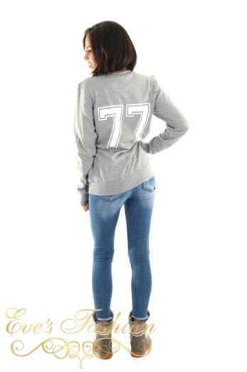 STOUT Sweater Grey