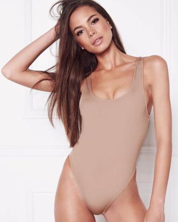 Hanna Body Nude
