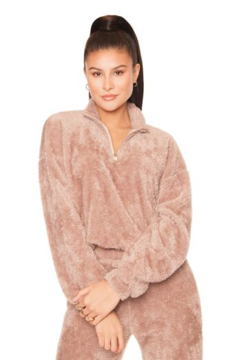 LA Sisters Fluffy Sweater Front