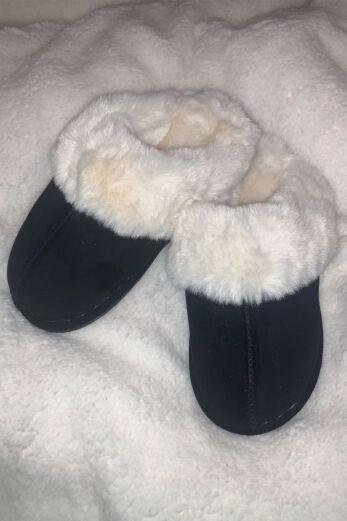 Classic Fluffy Slides Black