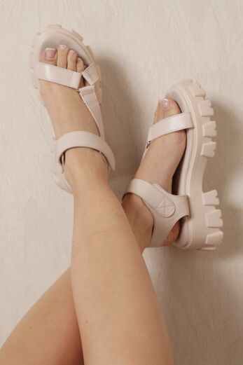 Moves Sandals Nude