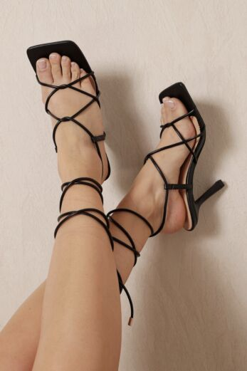 Right On Line Lace Up Heels Black
