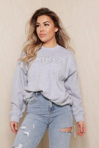 Eve Personal Best Sweater Grey Close