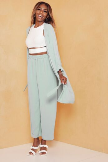 Eve Vision Classy Linnen Two Piece Sage Green Front