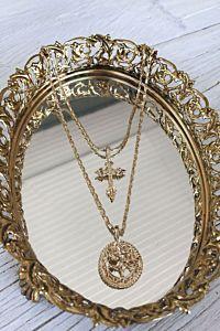 Vanessa Mooney The Gold Rossa Charm Necklace Mirror