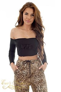 RUNAWAY Jennifer Top Black Front Close