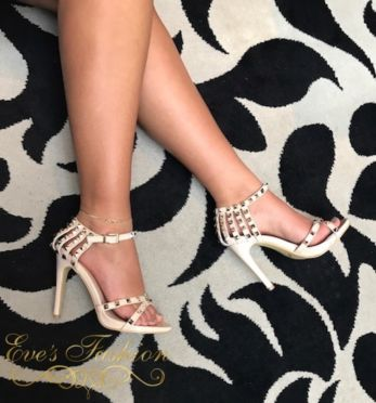 Eve Exclusive - Becky Heels Nude
